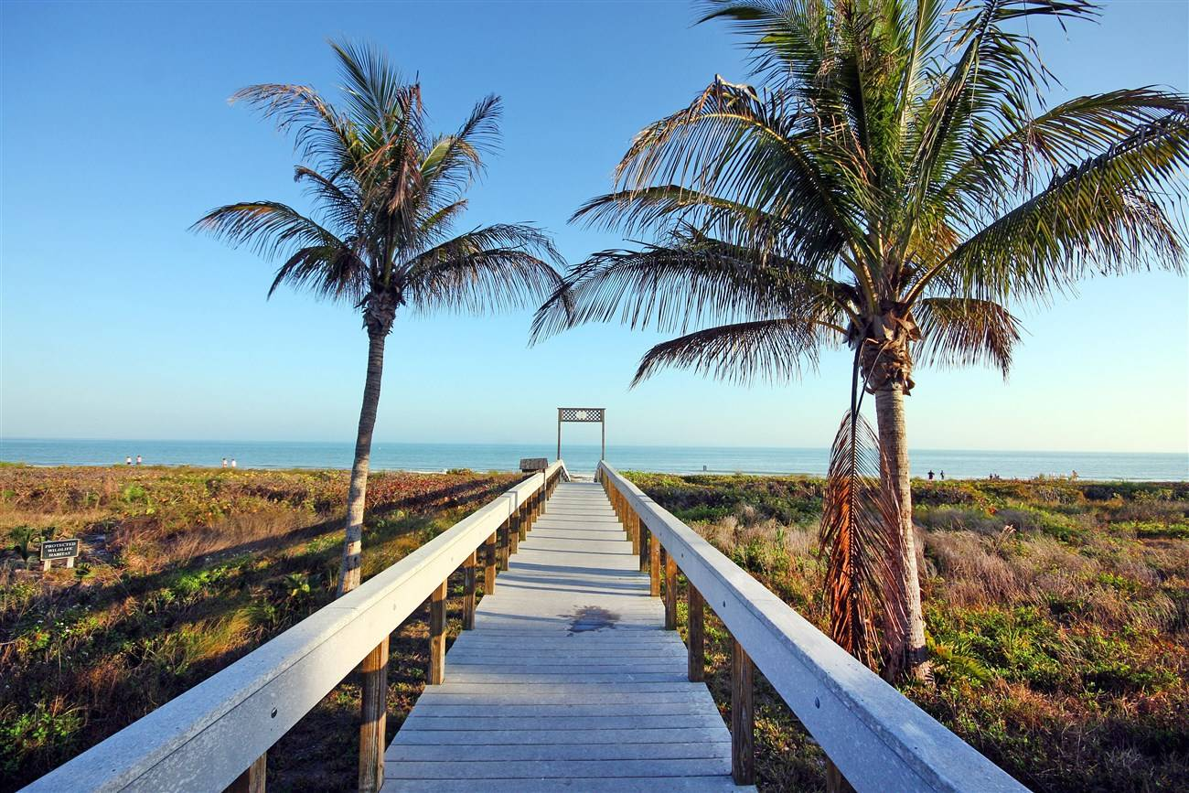 Sanibel Island Hotels: Sundial Beach & Tennis Resort Vacation Condo Rentals