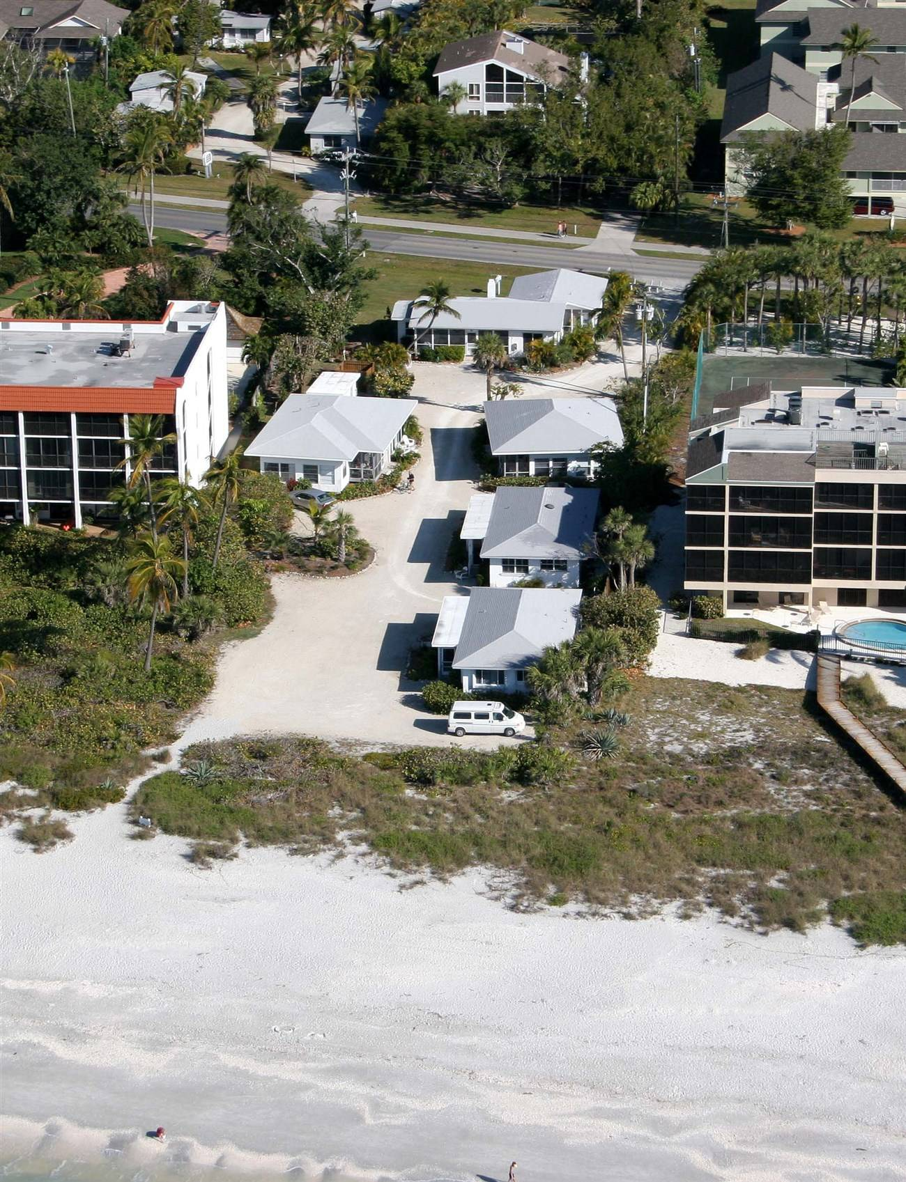 your island beautiful it sanibel friendly florida vacation rentals sleeps fl usa awaits pet beach reviews booking south vrbo west cottage and is